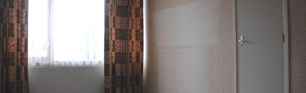 004 1 Verkoop Woonhuis 04 Voor Slaapkamer Garage